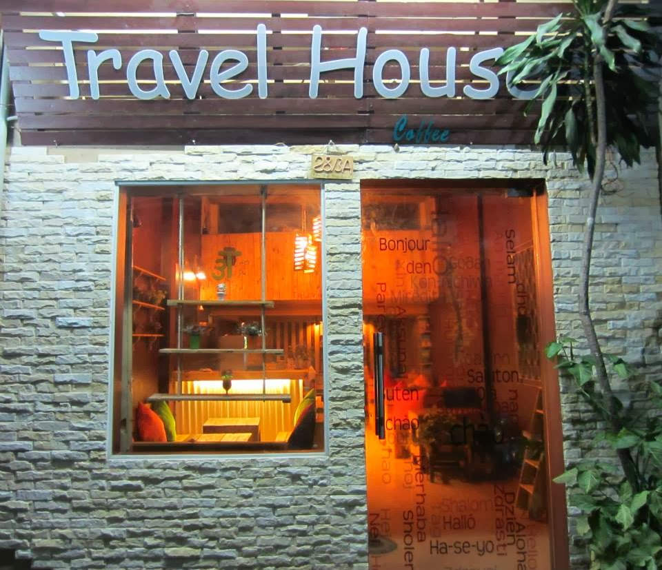 travel-house-coffee-1